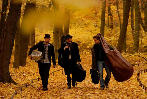 "Sehen Sie ""The Road Poets"" im Savoy Bordesholm"