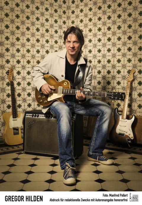 "Sehen Sie ""Gregor Hilden and Band - Blues and More"" im Savoy Bordesholm"