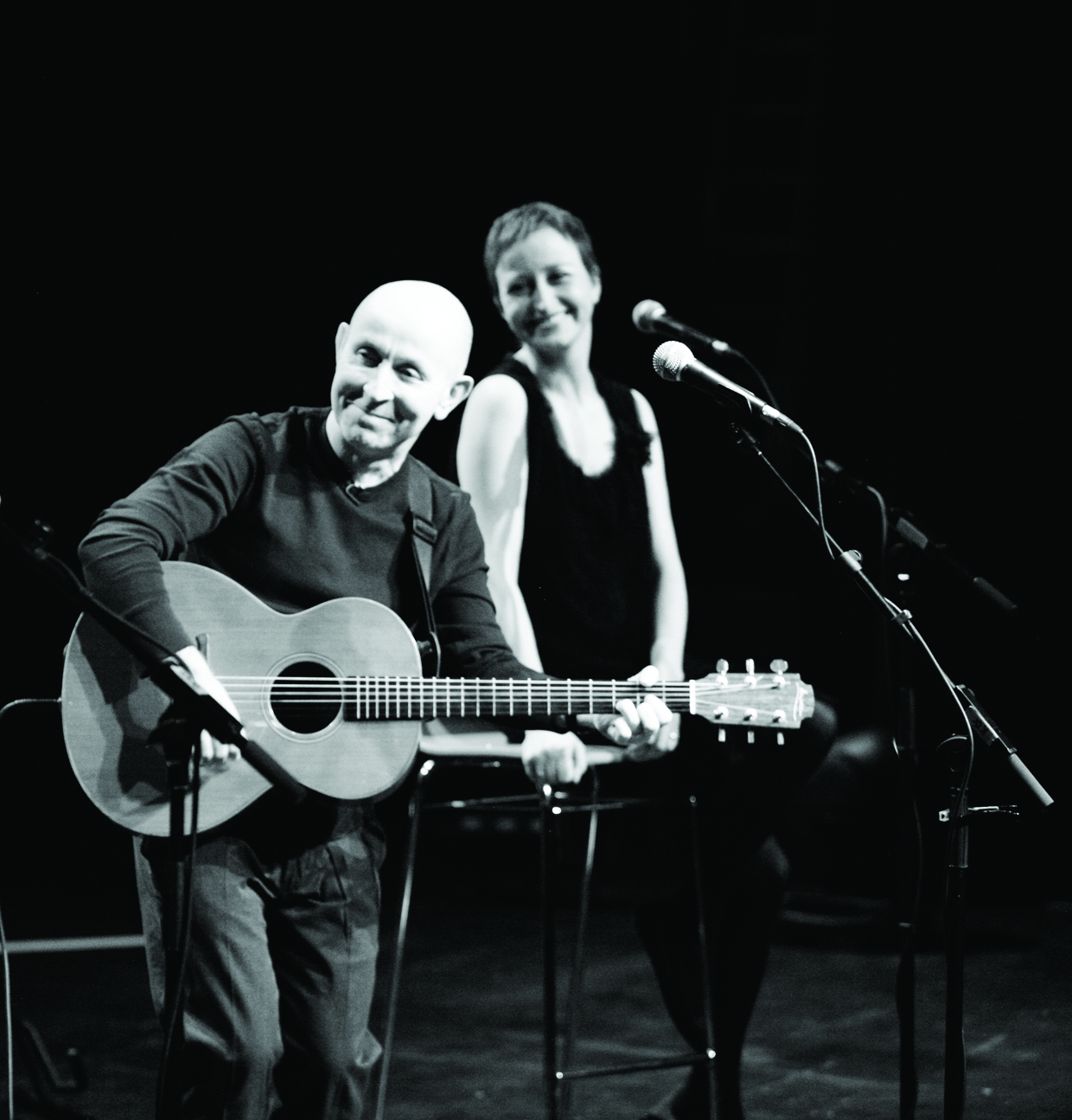 "Sehen Sie ""Kieran Goss & Annie Kinsella - 'Oh, the Starlings' Duo Album Release Tour"" im Savoy Bordesholm"